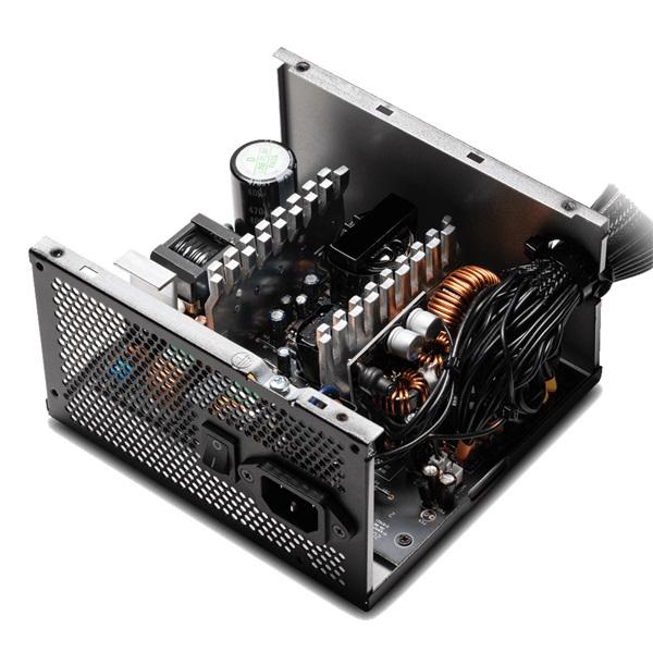 ADATA XPG Pylon 750W ATX tápegység - 3