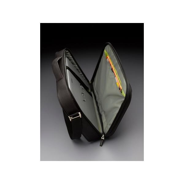 Case Logic PNC-216 16 fekete-zöld notebook táska - 2