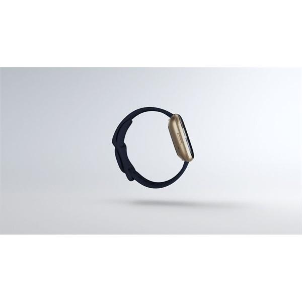 Fitbit Versa 3 aluminium éjkék-bársonyos arany okosóra - 3