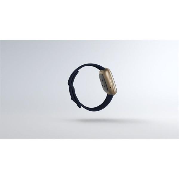Fitbit Versa 3 aluminium éjkék-bársonyos arany okosóra - 4