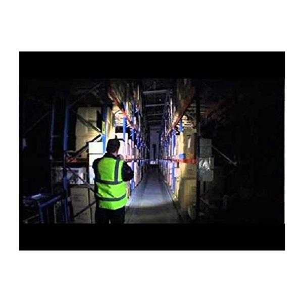 Ledlenser P14 1xC-LED 800 lumen LED lámpa 4xAA elemmel - 4