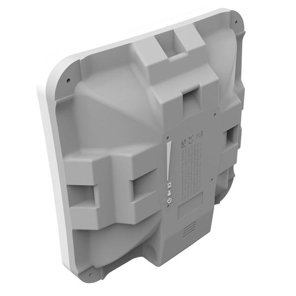 MikroTik SXTsq Lite5, 16dBi 5GHz antenna, Dual Chain 802.11an wireless, 1xLAN, L3 - 2